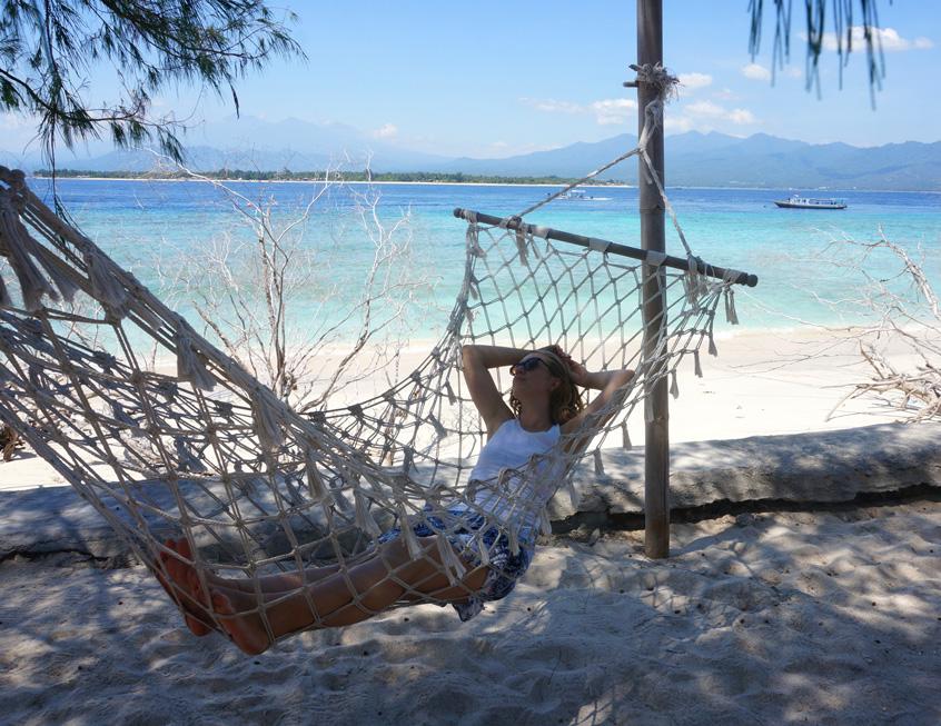 gili-meno-hammock