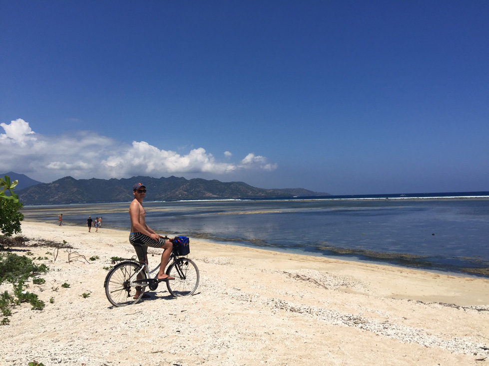 cycling-on-the-beach