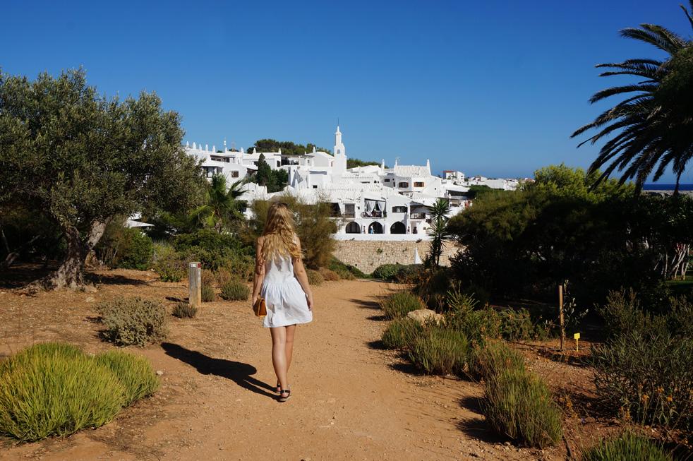 Menorca-white-town