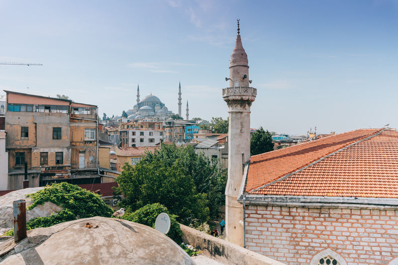 abandonded-rooftop-3-epic-days-in-istanbul