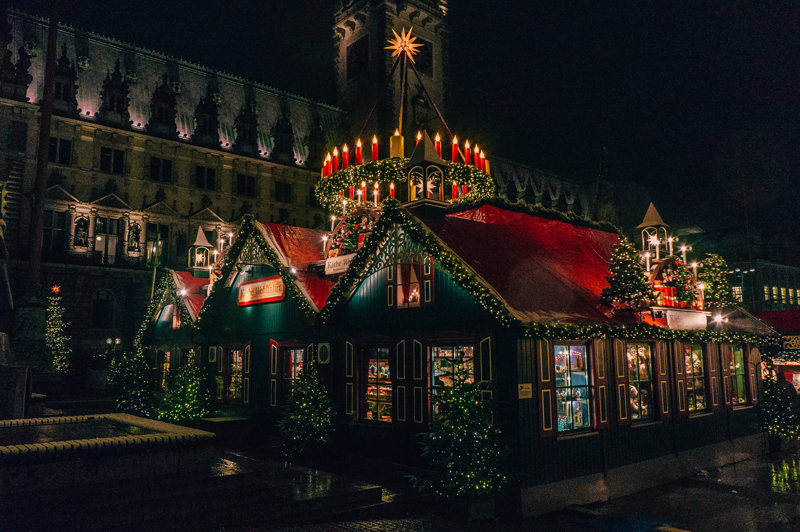 christmas markets in hamburg